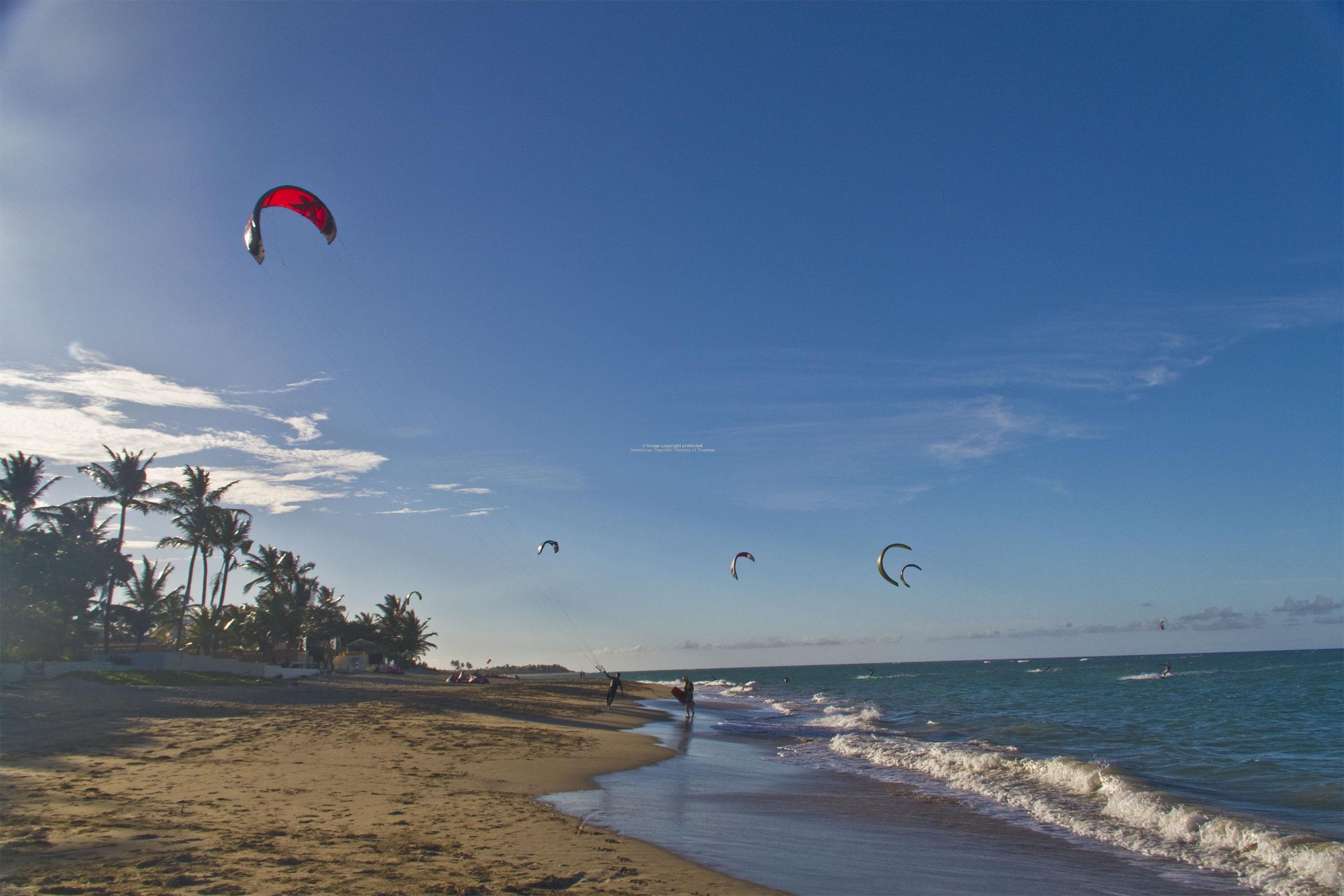 Playa de Cabarete prácticas de kitesurf