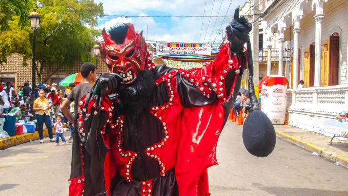 Tiempo de Carnaval Dominicano
