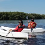 Kayak en la Bahía de Estero Balsa en Pepillo Salcedo