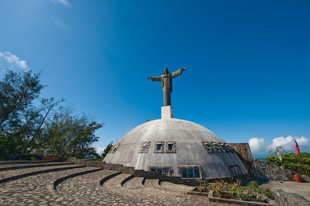 Cristo en la cima de la Loma Isabel de Torres en Puerto Plata