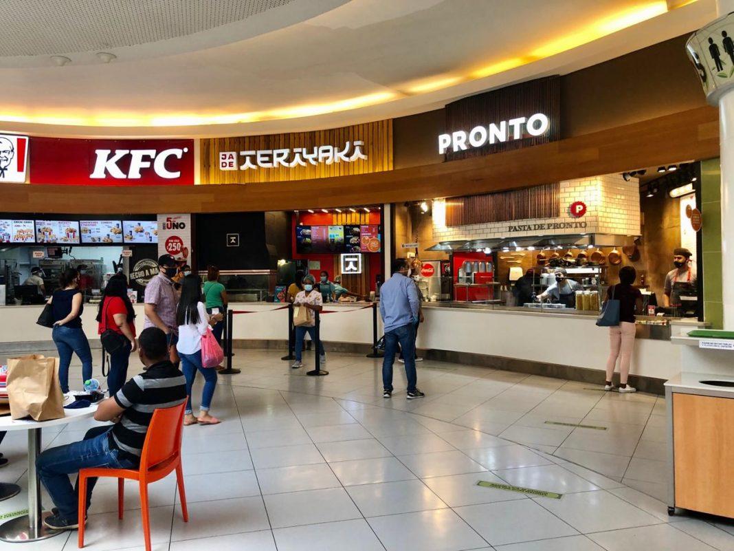 Restaurantes de Ágora Mall recibieron sus primeros comensales en el día de hoy