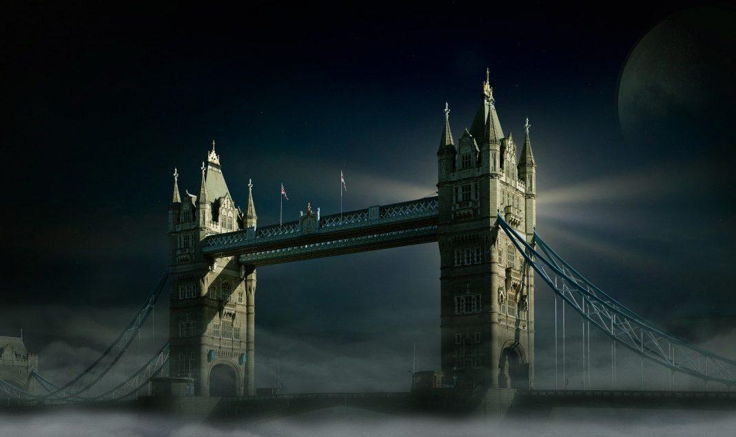 Torre Bridge lúgubre por el covid