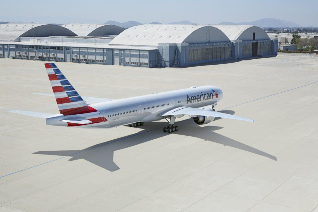 Por qué American Airlines envía preavisos de cancelación a 13 mil empleados?