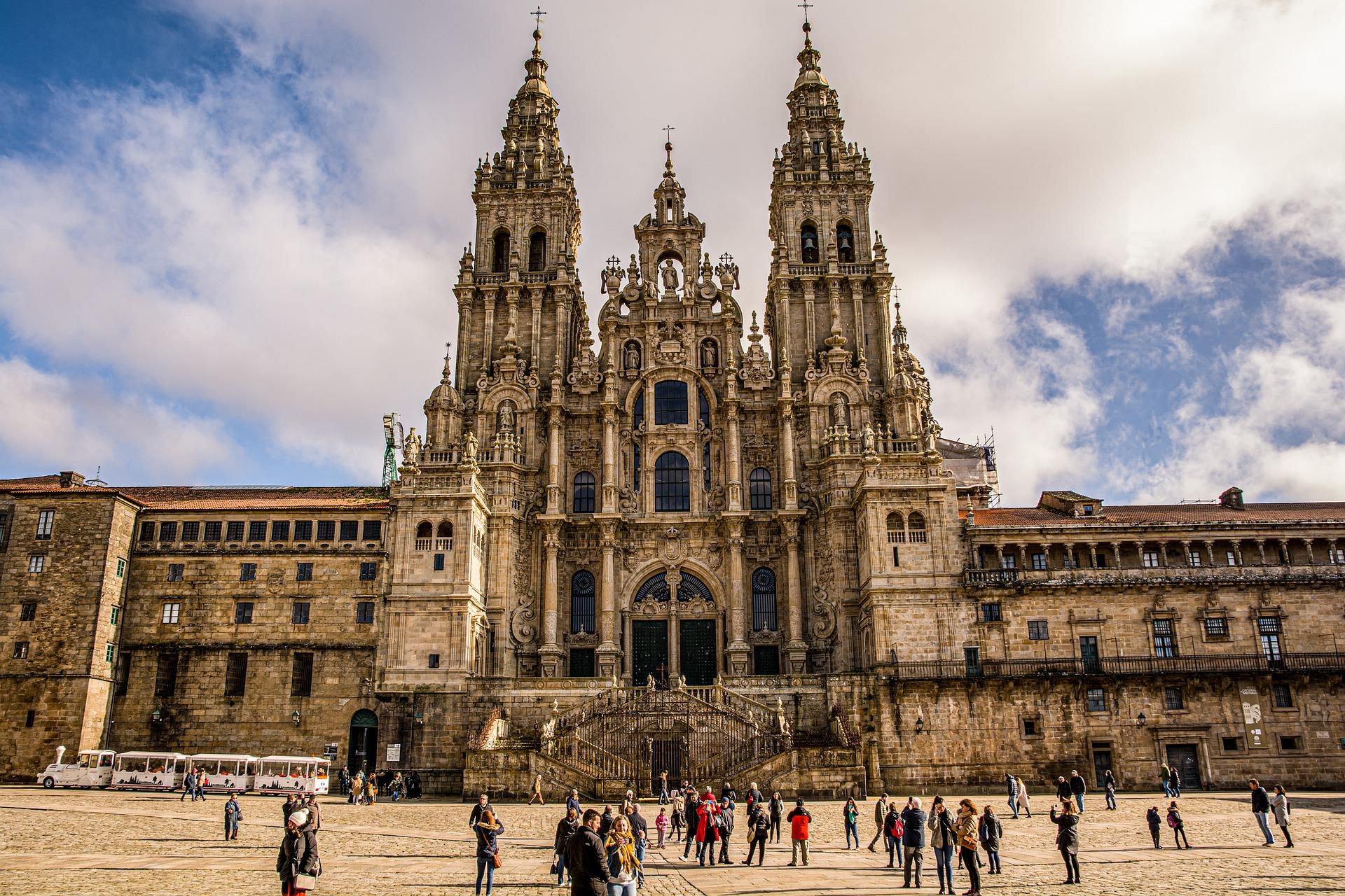 Catedral de Santiago de Compostela. Imagen de javier alamo en Pixabay 4748181_1920