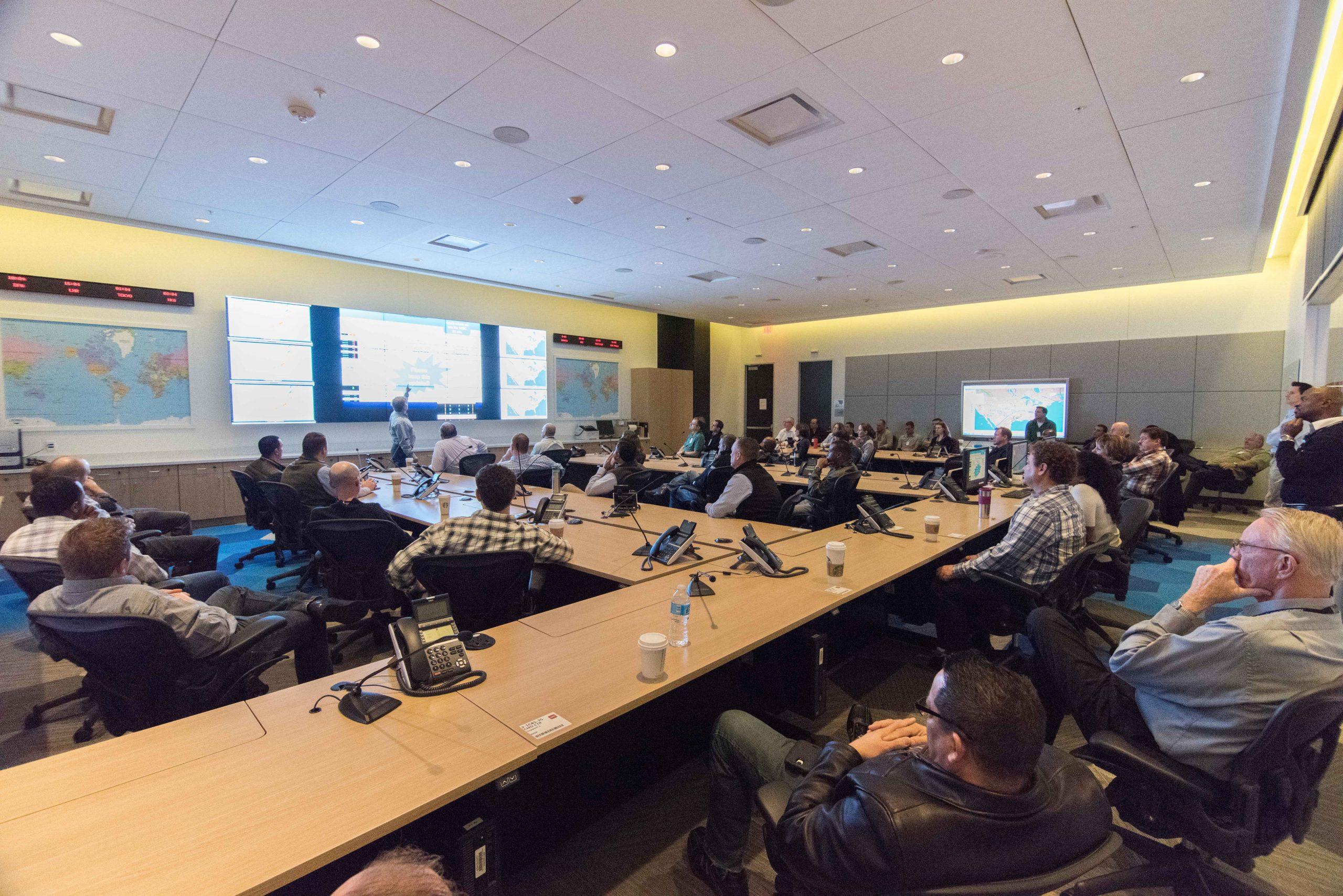 Empleados de American Center-Meeting-Room