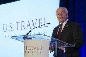 Roger Dow, presidente y director ejecutivo de la Asociación de Viajes de EE. UU.