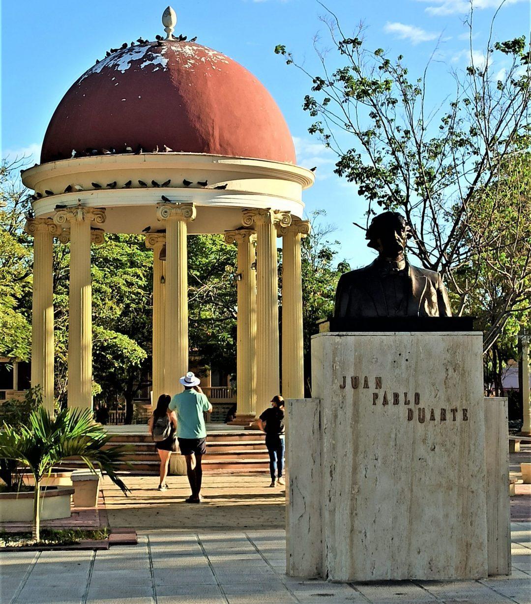 Parque Duarte de Azua