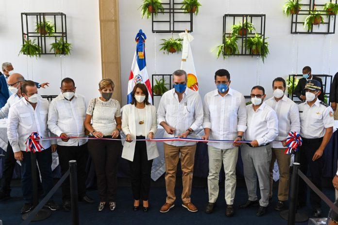 El presidente Luis Abinader al inaugurar las estaciones de bombeo